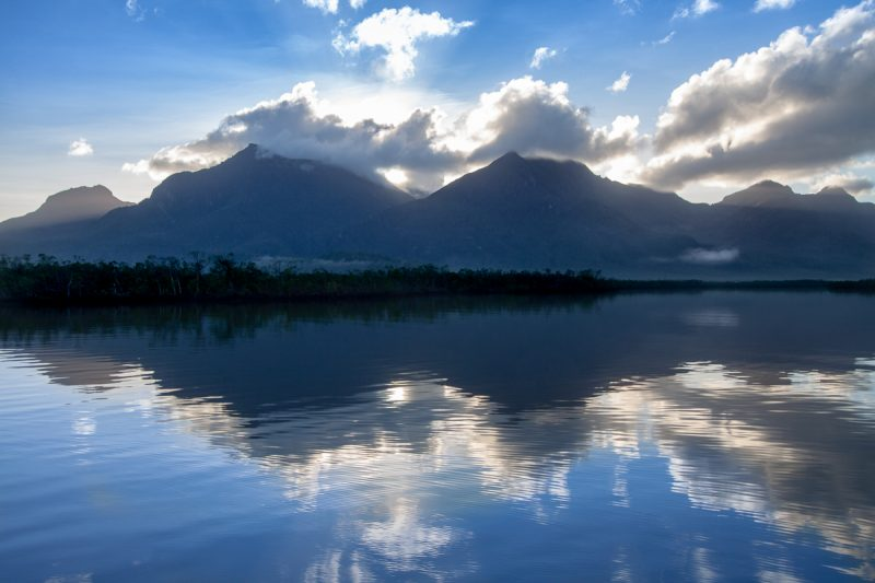 Hinchinbrook Island | expedition cruise