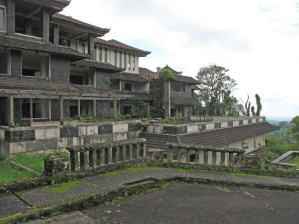 Haunted Hotel, Bali |Travel Boating Lifestyle